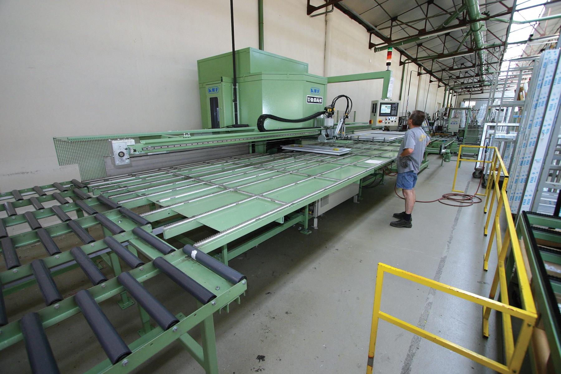 La soci t fabrication trendel fabriquants de for Fabrication fenetre pvc