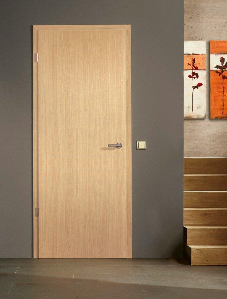 Portes d 39 int rieur portes en bois mod le lisse for Porte fenetre interieur bois